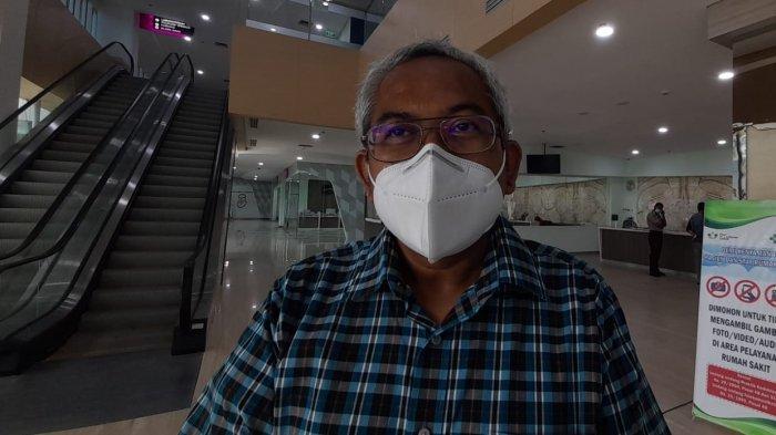 Direktur Pelayanan Medik, Keperawatan dan Penunjang RSUP dr. J Leimena Ambon, dr. Yan Aslian
