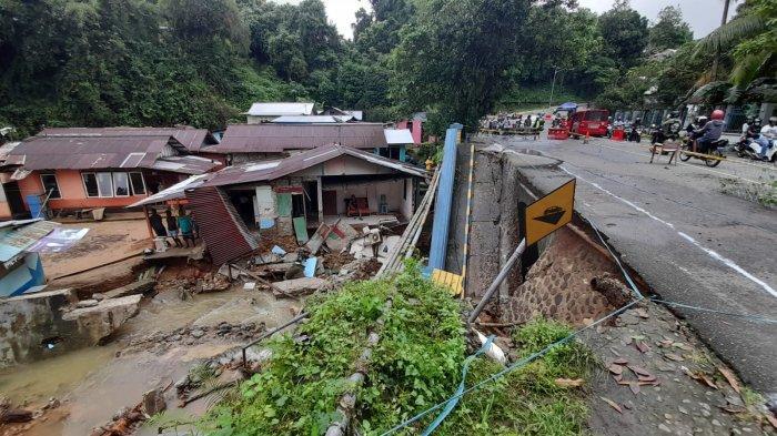 Bencana Longsor Terjang 17 Titik di Ambon, 56 Rumah Warga Rusak, Warga Diminta Tetap Waspada