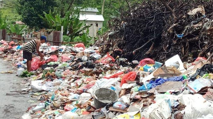 Sampah Masih Menumpuk di Kawasan Arbes, Warga; Kadis DLHP Hehamahua Tak Tepati Janji