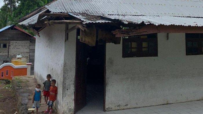 Dibangun Sejak 1990, Bangunan Sekolah Bebar Timur, Maluku Barat Rusak Parah