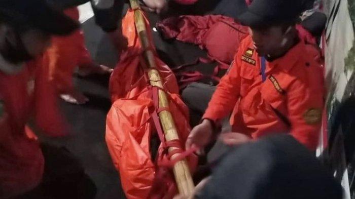 Wanita Pendaki Gunung Slamet Ditinggal Rombongan karena Sakit, 7 Rekannya Dikenai Sanksi