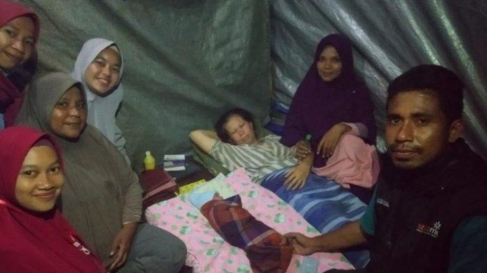 Kisah Haru Dua Ibu Korban Gempa Maluku Lahirkan Bayi, Satu di Hutan & Satunya Saat Gempa Susulan