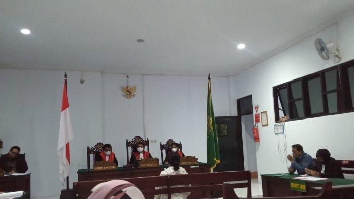 Sidang Kasus KDRT Kadis PUPR Kepulauan Aru, Umar Ruly Londjo, Istri Akui Terdakwa Suka Selingkuh