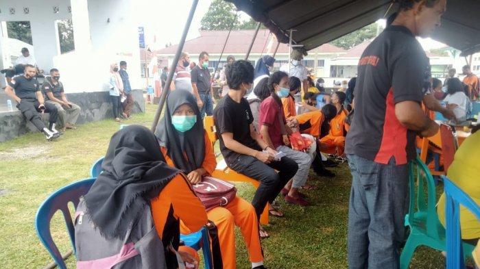 Siswa SMA Negeri 23 Maluku Tengah Ikut Vaksinasi Covid-19, Katanya Disuruh Kepala Sekolah
