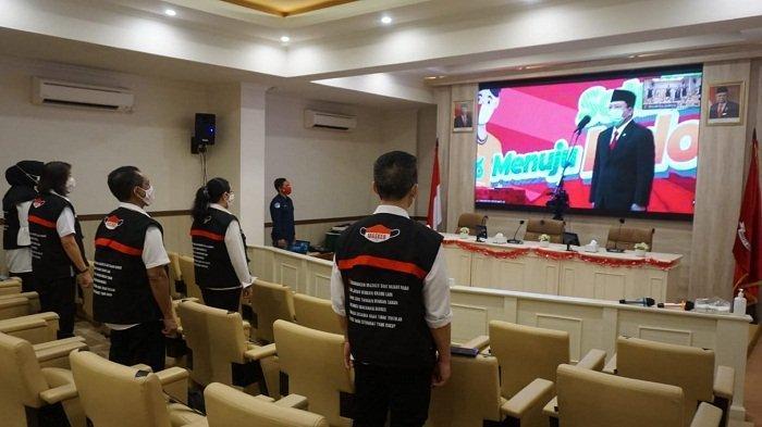 Dukung Pembangunan Kesehatan, Wali Kota Ambon Dapat Penghargaan Menteri Kesehatan