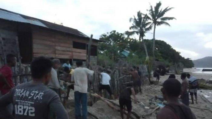 Tak Ada Perhatian Pemerintah, Warga Desa Utta-Wakate di Maluku Bikin Talut Sendiri dari Batang Kayu