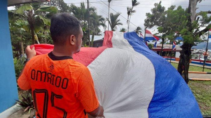 Jahit Bendera Belanda Terpanjang di Kota Ambon, Latuperissa; Si Tukang Jahit Sakit 3 Hari