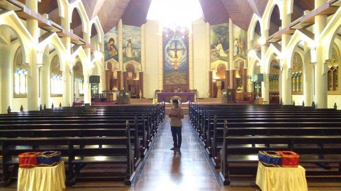 Antisipasi Corona, Tata Cara Ibadah Umat Katolik di Ambon Berubah, Air Suci & Cium Salib Ditiadakan