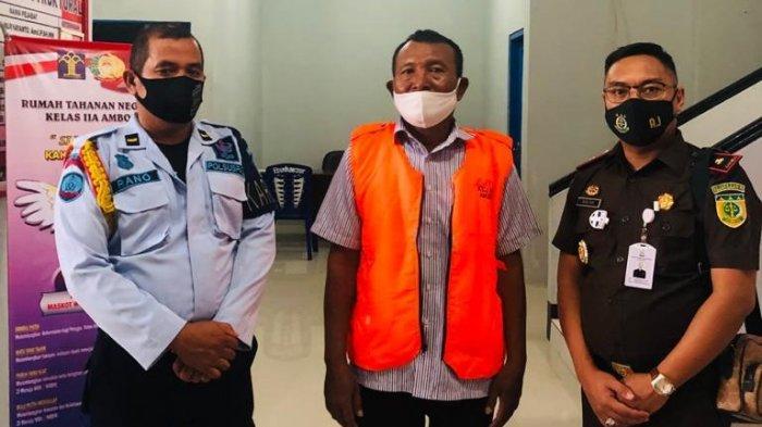 Gelapkan Dana BOS Rp 600 Juta, Kepala Sekolah SMK Negeri 3 Banda Neira Ditahan di Ambon