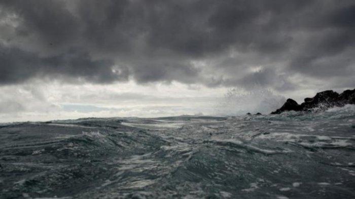 Tropical Storm Dujuan Picu Gelombang Tinggi 4 Meter di Sejumlah Wilayah Maluku
