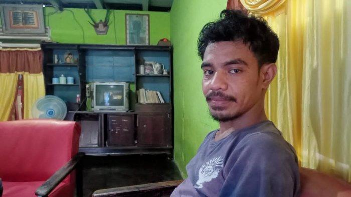Seorang mahasiswa korban demo Fakultas Ilmu Sosial Politik (Fisip) Universitas Pattimura (Unpatti) alami keretakan pada enam tulang rusuk, usai di keroyok massa.