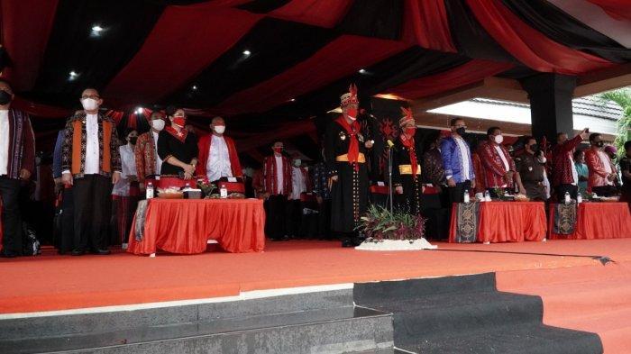 Wali Kota Bogor, Bima Arya hadiri upacara adat perayaan hari ulang tahun (HUT) Ke-446 Kota Ambon, Selasa (7/9/2021).