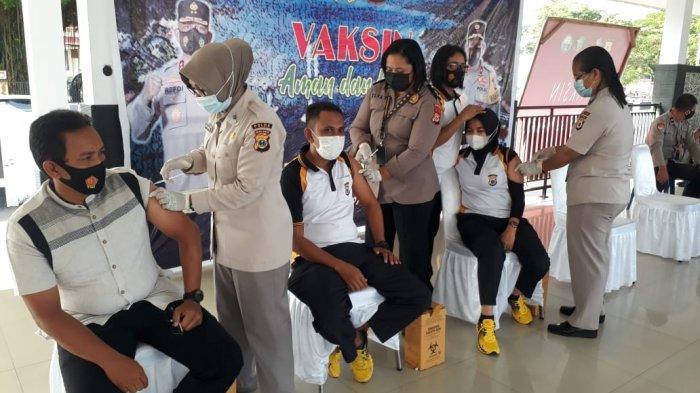 Provinsi Maluku Tetap Lanjutkan Penggunaan Vaksin AstraZeneca