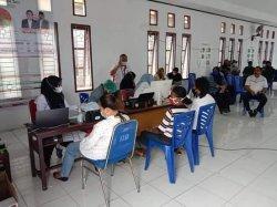 Kejar Target Kekebalan Kelompok, Ratusan Warga Desa Ohoitel-Tual-Maluku Disuntik Vaksin Covid-19