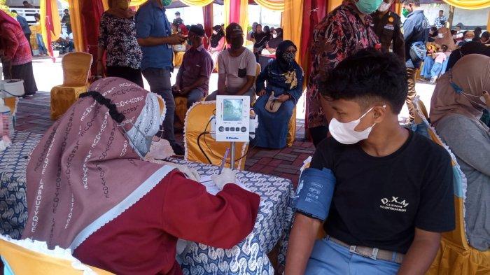 Presentase Vaksinasi di Maluku Rendah, Kejati Maluku Gelar Vaksinasi Massal di Hitu