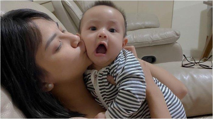 Ibu Bibi Ardiansyah Ungkap Kondisi Cucunya saat Hendak Ditinggal Vanessa Angel Jalani Hukuman
