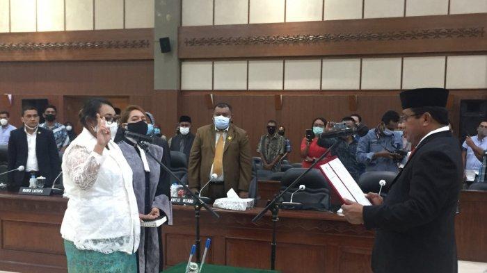 Vivian Uneputty Dilantik Jadi Anggota DPRD Gantikan Namakule yang Meninggal Dunia
