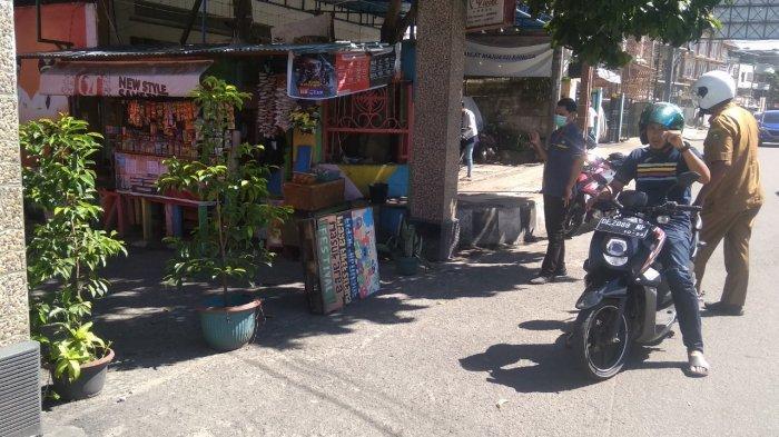 Update Virus Corona Ambon: Warga Tutup Akses di Jalan Baru, Antisipasi Penyebaran Virus Corona