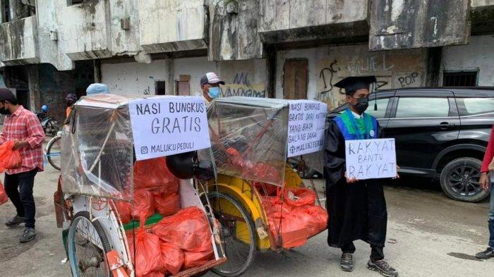 Bagi 1000 Nasi Bungkus Gratis Saat Wisuda, Mahasiswa IAIN Ambon Panen Pujian Netizen