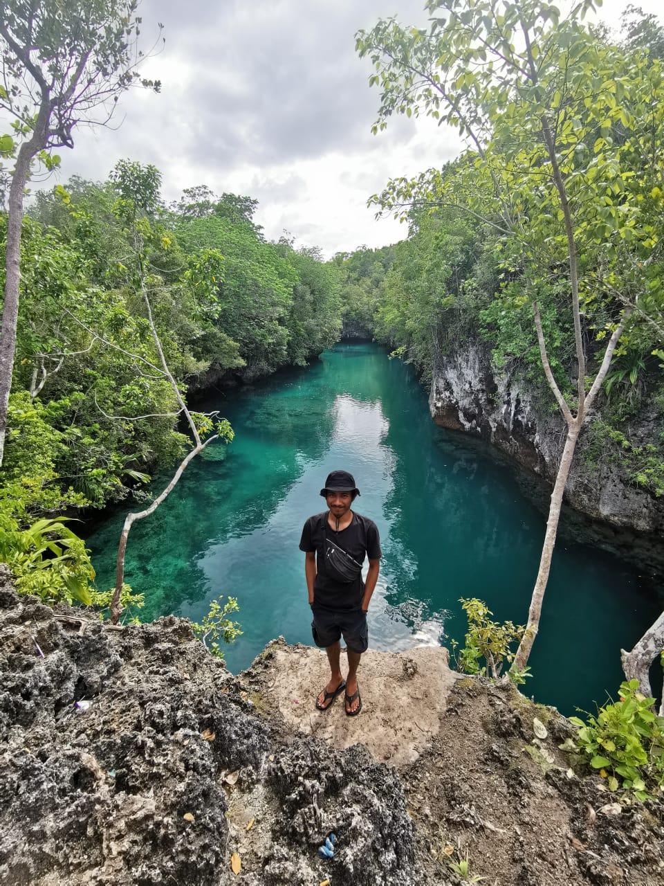 Wisata Danau Sole di Pulau Manawoku, Desa Amarsekaru, Kecamatan Pulau Gorom, Kabupaten Seram Bagian Timur