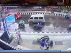 2152021-video-viral-jalan-trotoar-city-of-music.jpg