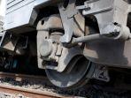 762021-kereta-api.jpg
