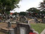 area-pemakaman-tionghoa-di-tpu-kebon-nanas.jpg