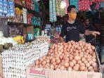 lapak-pedagang-telur-di-pasar-tradisional-mardika-kota-ambon.jpg