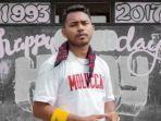 musisi-hiphop-lokal-maluku-mic-l.jpg
