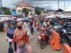 pasar-tradisional-mardika-kota-ambon-dipadati-warga-vcbhvhf.jpg