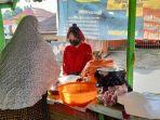 pedagang-nasi-kuning-di-kawasan-galunggung.jpg