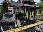 rumah-semi-permanen-milik-asnawi-luwi-wartawan-serambi-indonesia-di-aceh-dibakar.jpg