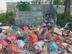 tumpukan-sampah-di-pasar-tatanggo-namlea-kabupaten-buru22.jpg