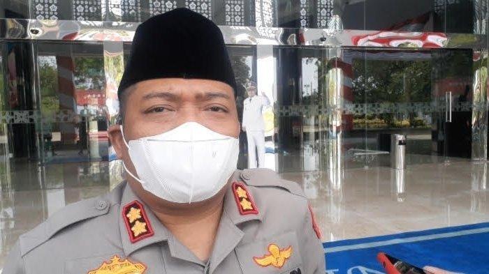 Kapolres Tangsel, AKBP Iman Imanuddin, di Kantor Pemkot Tangsel, Jalan Maruga, Ciputat, Senin (9/8/2021).