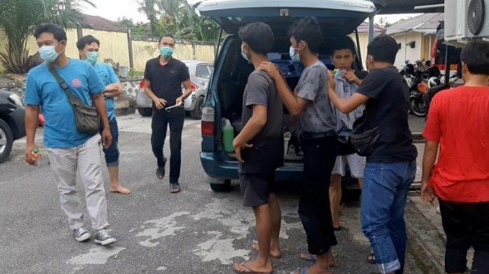 Tim Alap Alap Satreskrim Polres Belitung mengamankan tiga pelaku pencurian, Selasa (24/8/2021).