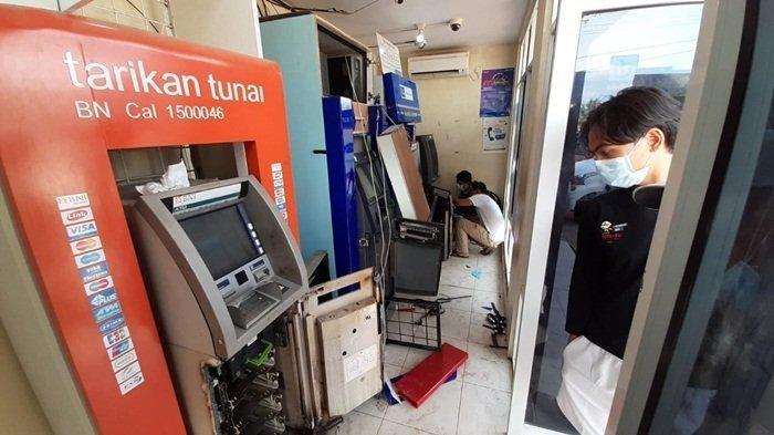ATM di Mega Mart Sungailiat Kabupaten Bangka yang dibobol Jumat (4/6/2021)