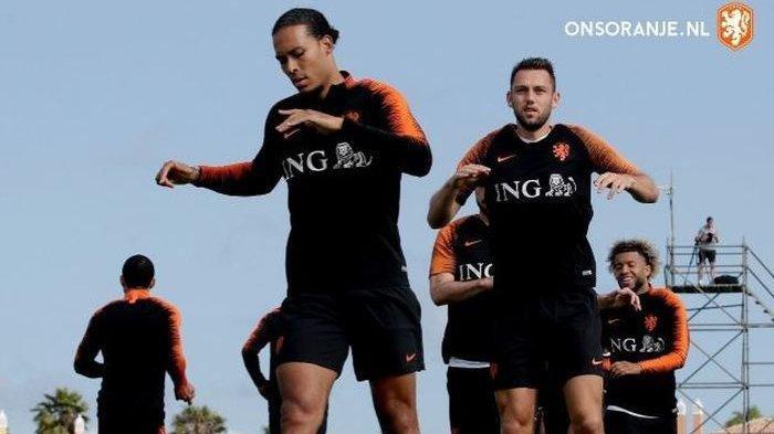 Donny van de Beek Dan Frenkie de Jong, Perkuat Skuad Timnas Belanda Di Euro 2020