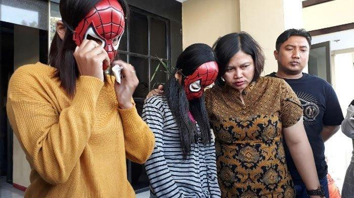 Cewek Putus Sekolah Dijadikan PSK, Disekap Pasutri Dalam Lemari, Ditubuhnya Ada Luka Lebam