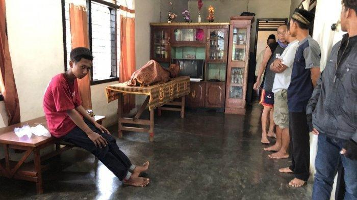Isteri Teriak Minta Tolong, Temukan Suami Gantung Diri di Kandang Kambing
