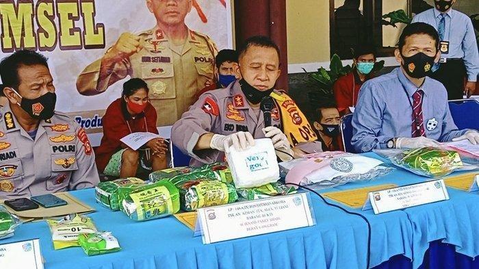 Polisi Tangkap Pasutri Asal Aceh Bawa Enam Paket Sabu, Sudah Ditunggu Pasutri Lain di Palembang