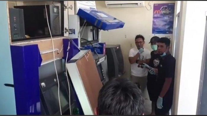 Uang Dalam Dua Mesin ATM Dikuras Komplotan Pencuri