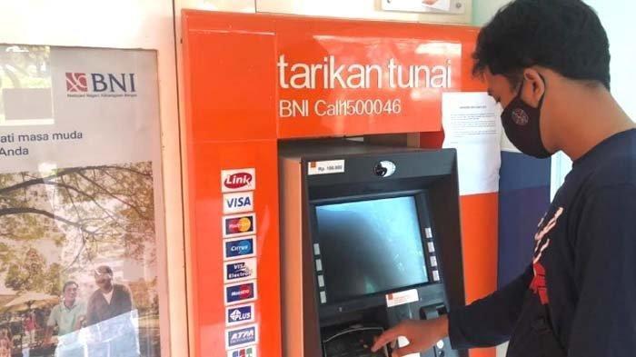 Aksi Kejahatan Pembobol Rekening Bank, Viral di Medsos Instagram, Nasabah di Gresik Dibuat Resah