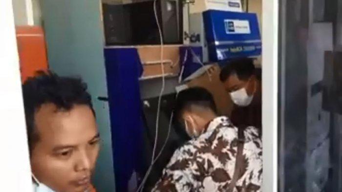 Aksi Komplotan Bandit Rusak ATM Milik Bank BUMN, Polisi Melakukan Olah TKP
