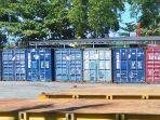 20210709-delapan-kontainer-berisi-200-ton-zirkon-masih-diamankan-di-pelabuhan-pangkalbalam.jpg