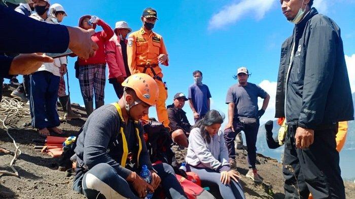 Nekat Mendaki Gunung Batur Tanpa Pemandu, 2 Pendaki Malah Terpeleset ke Jurang Sedalam 15 Meter