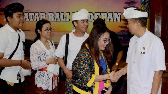 Ini Jenis Pekerjaan yang Menjanjikan untuk Muda-Mudi Bali Menurut Mangku Pastika