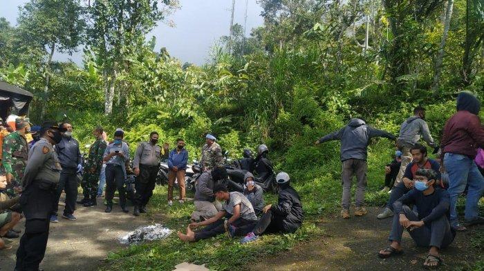 6 Orang Pendaki Tersesat di Puncak Bukit Adeng Tabanan Ditemukan Selamat