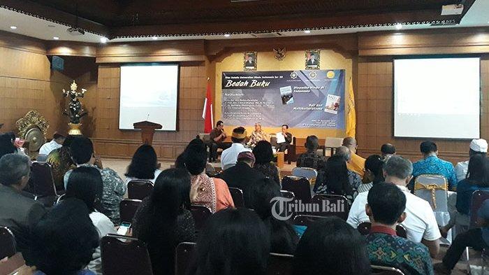 Dua Buku Dibedah di UNHI, Rencana Buat Perpustakaan Digital Tentang Pengetahuan Tradisional Bali