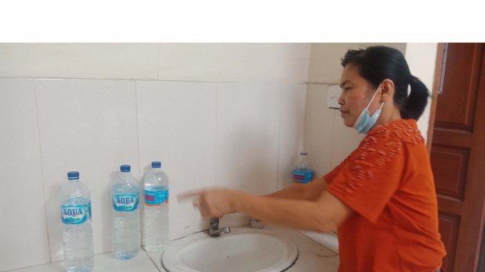 Air di Pasar Terminal Loka Crana Mati, Dewa Ayu Terpaksa Bawa Jeriken dari Rumah dan Tahan BAB