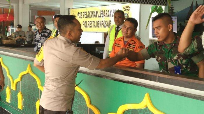Cek Keamanan Pos Layanan Bandara I Gusti Ngurah Rai, Wakapolresta Yakini Situasi Aman